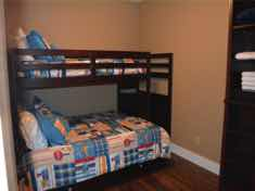 25-Branson_Condo_1_third_bedroom
