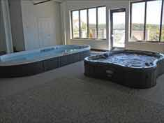 18-Branson_Treehouse_Indoor_Pool_TH